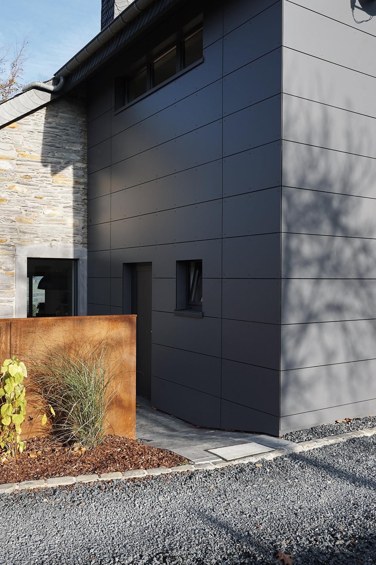 Sehr Entkernung und Neugestaltung einer Fassade - Outdoor - Bauen nach Maß LA99